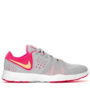 Nike core motion TR3 sneakers